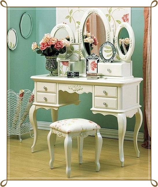Beyaz Şık Makyaj Masası Modelleri