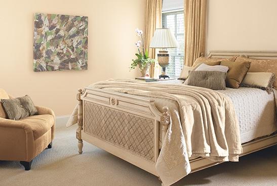 Islak Kum Rengi Yatak Odası Tasarımı