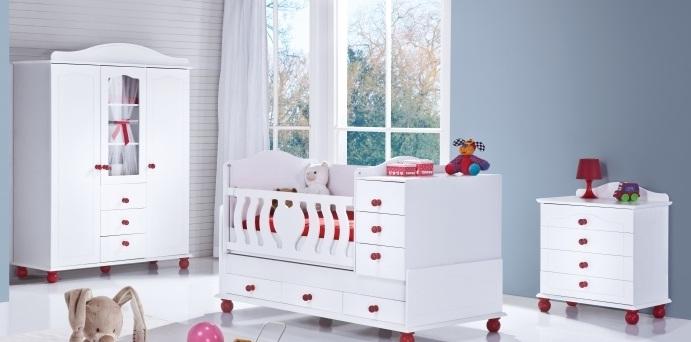 Beyaz ve Kırmızı Bebek Odası Takımları