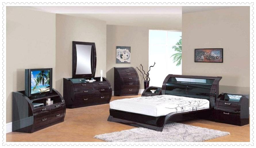 Ahşap Siyah Beyaz Yatak Odası