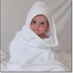 Beyaz Bebek Bornozu