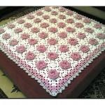 Çiçek Desenli Örgü Battaniyeler
