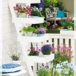 Küçük Balkon Çiçeklik