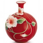 İşlemeli Vazo