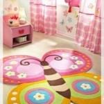 Kelebekli Kız Bebek Odası Halısı