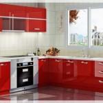 Kırmızı Akrilik Mutfak Dolapları