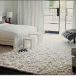 Beyaz Yatak Odasi Halı Modeli