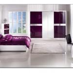 Bordo Beyaz Yatak Odası