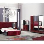 Bordo Yatak Odası Dekorasyonu
