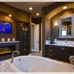 Şömineli Modern Banyolar