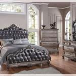 Klasik Deri Yatak Odası
